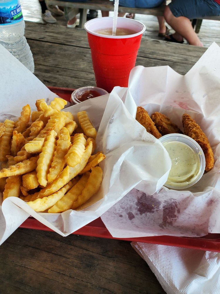 Rick's Sand Trap Beach Bar & Grill: 775 Gulf Shore Dr, Destin, FL