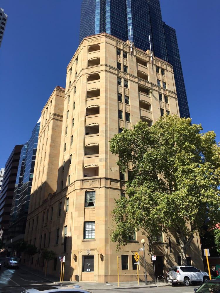 Lawson Apartments - Real Estate - 2 Sherwood Ct, Perth ...