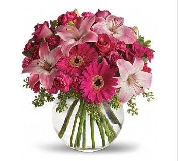 Genoveva Rodriguez Flower Shop: 273 S Travis St, San Benito, TX