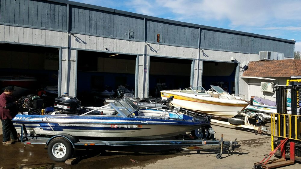 Kountry Boats and Bikes: 14961 Lakeshore Dr, Clearlake, CA