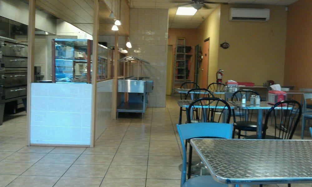 Tony's Pizza: 4126 NW 6th St, Waldo, FL