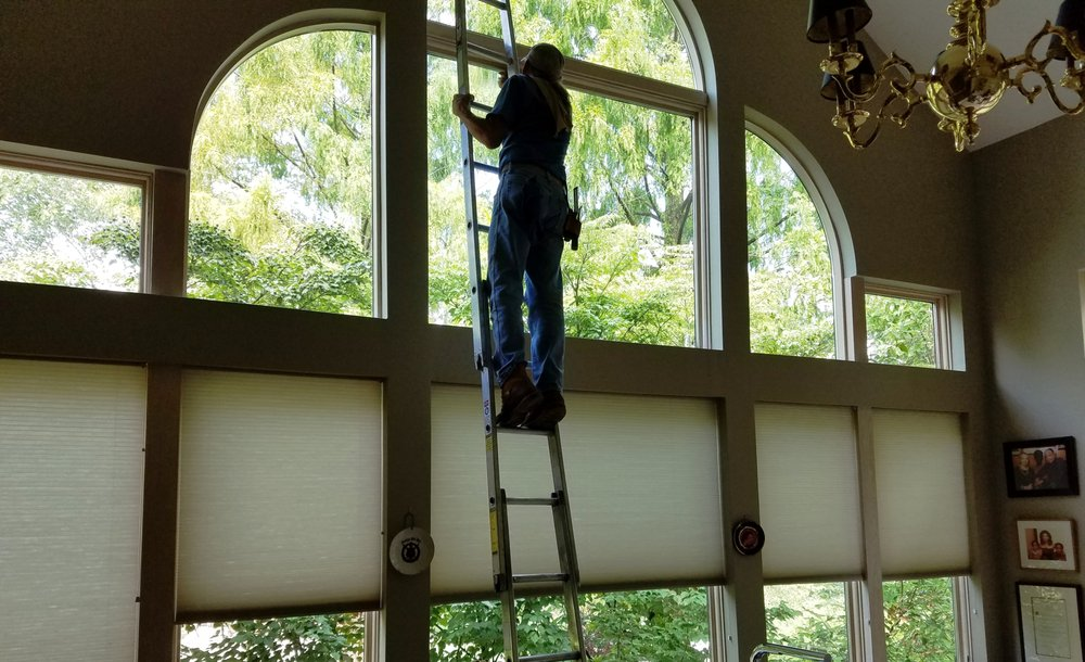 Expert Window Cleaning: 1909 Noble St, Pittsburgh, PA
