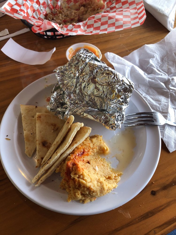 Food from Romo's Mediterranean Grill