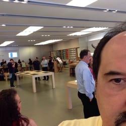 Apple Store 14 Photos Amp 80 Reviews Mobile Phones