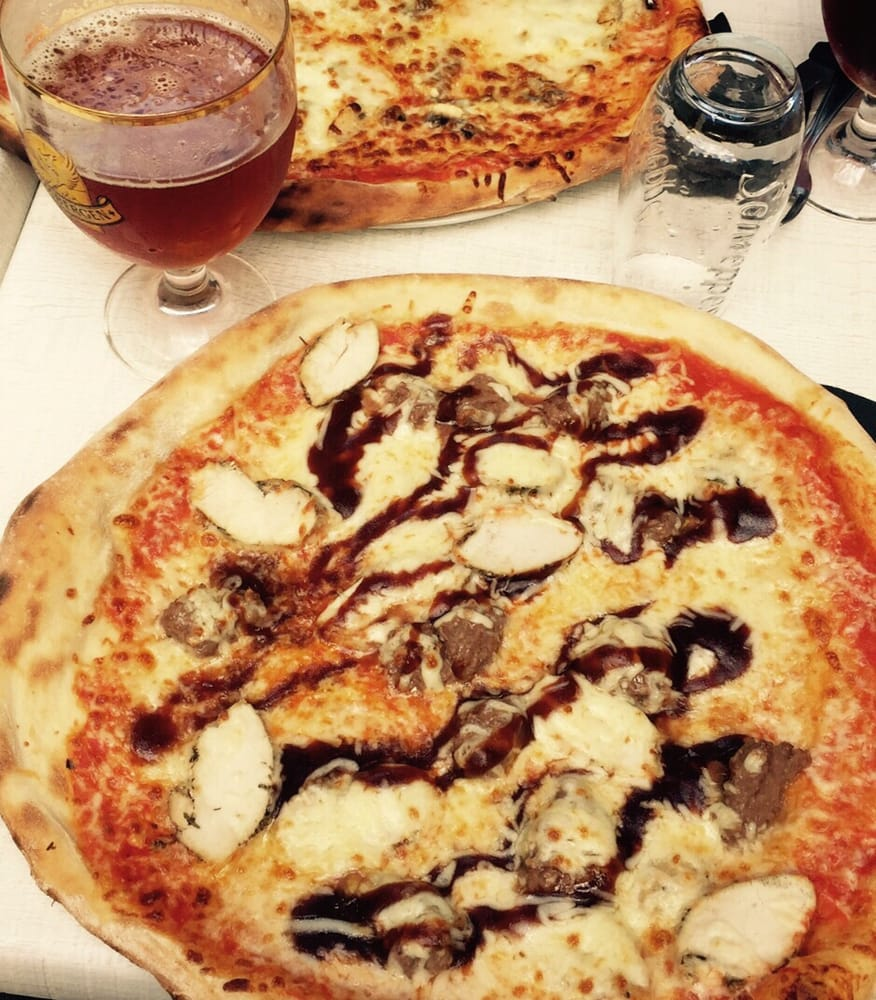 pizzeria di trevi 14 reviews pizza 34 rue saint melaine rennes france restaurant. Black Bedroom Furniture Sets. Home Design Ideas