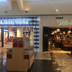 Bath Amp Body Works Women S Clothing 2150 Florence Mall