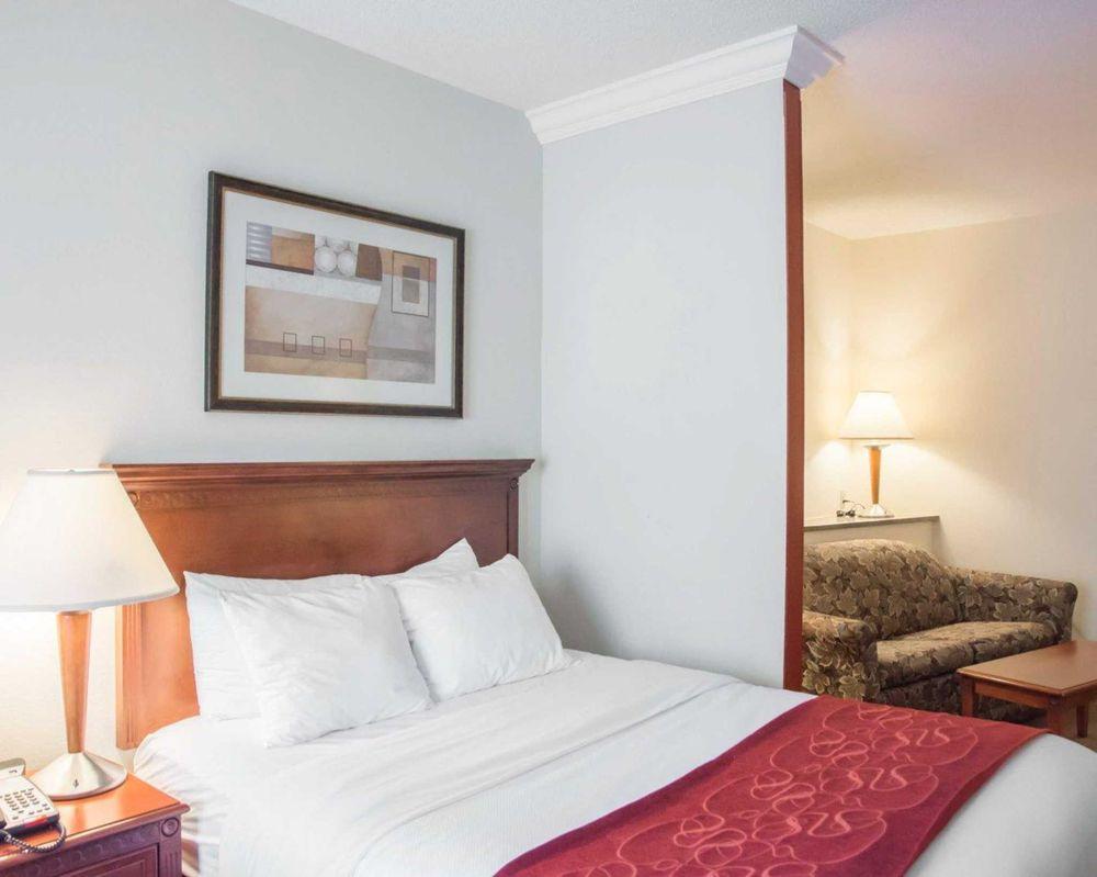 comfort suites cincinnati airport 20 photos 16 reviews hotels