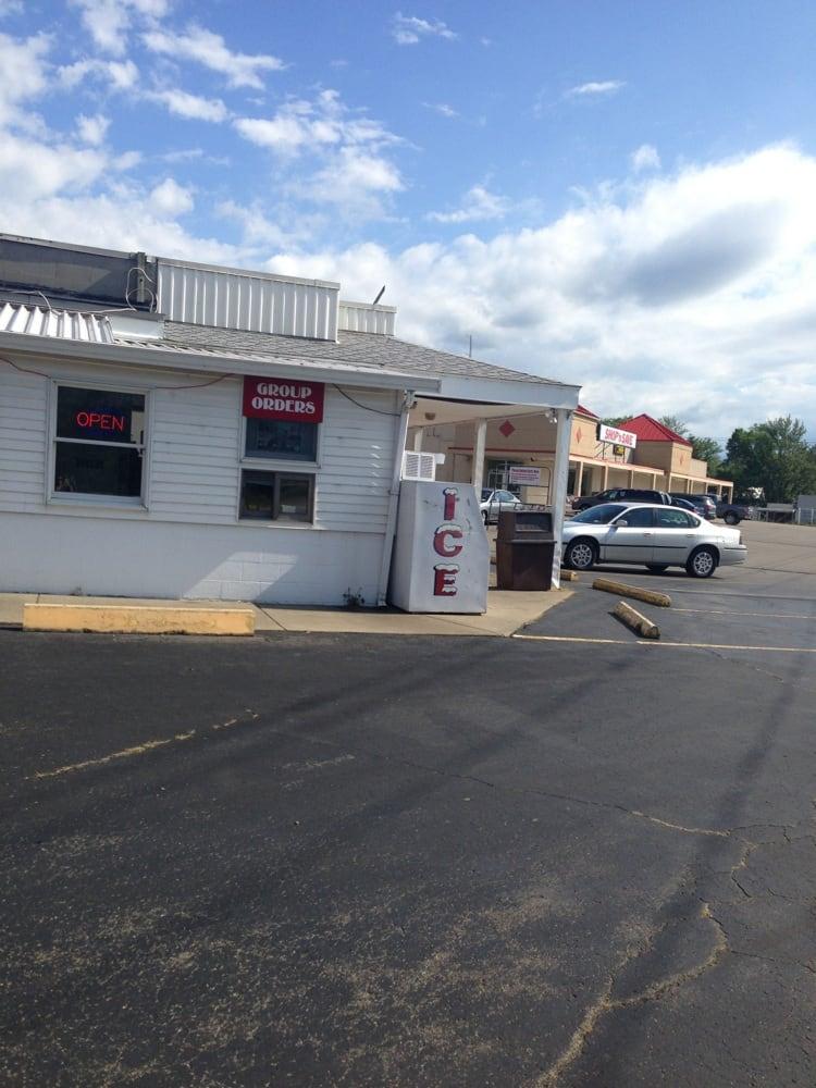 Nick Charlap's Ice Cream: 9049 Erie Rd, Angola, NY