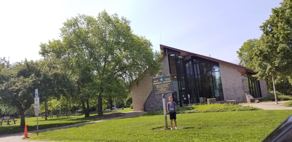 Indiana Welcome Center And Rest Area: I-65, Henryville, IN