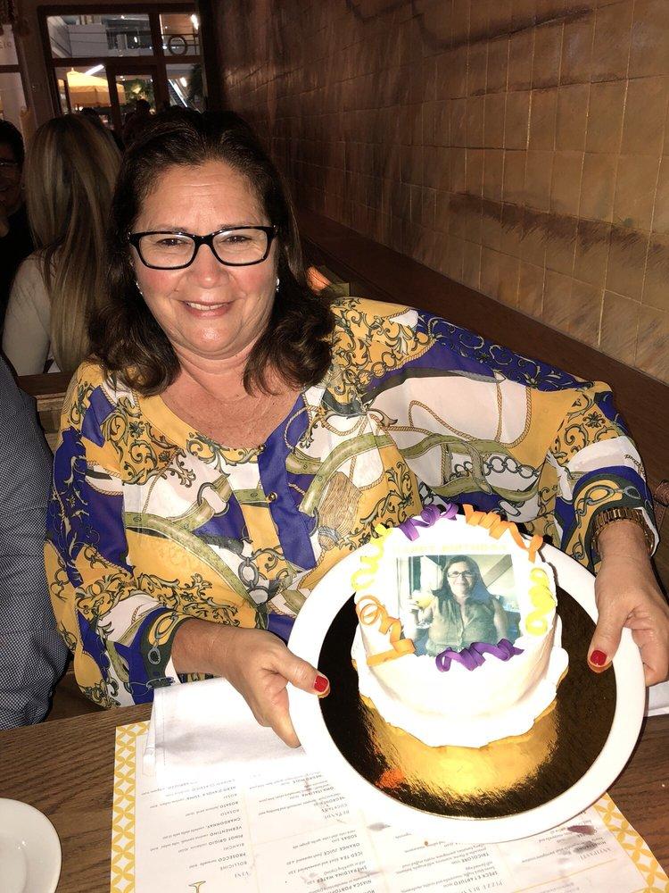 The Oficina Cake