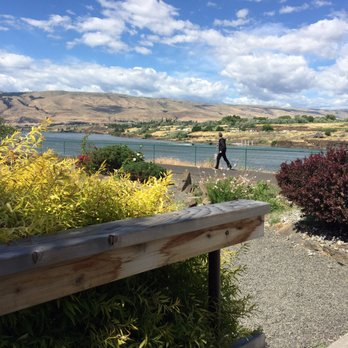 Photo Of Bent River Restaurant The Dalles Or United States