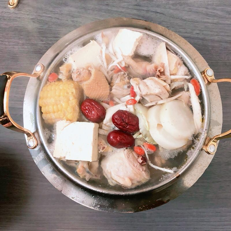 Fire Bowl Hot Pot 焰御火锅: 1008 Langley St, Victoria, BC