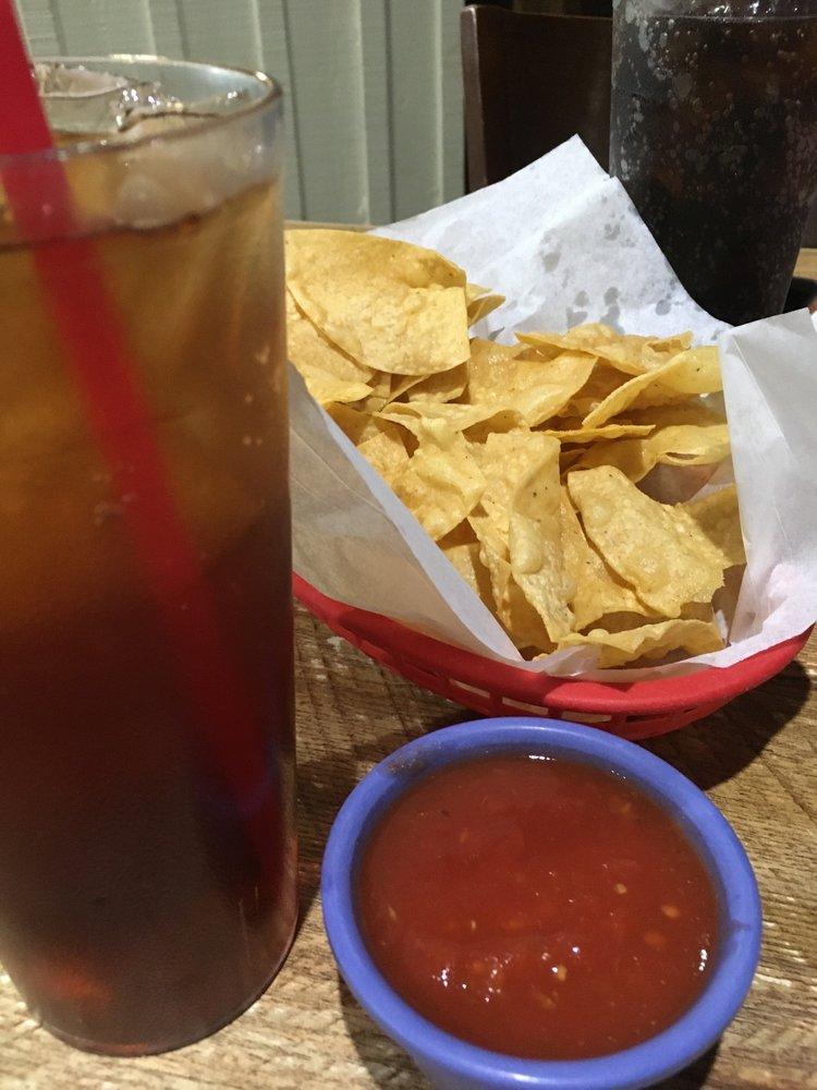 Leal's Restaurant: 1010 W American Blvd, Muleshoe, TX