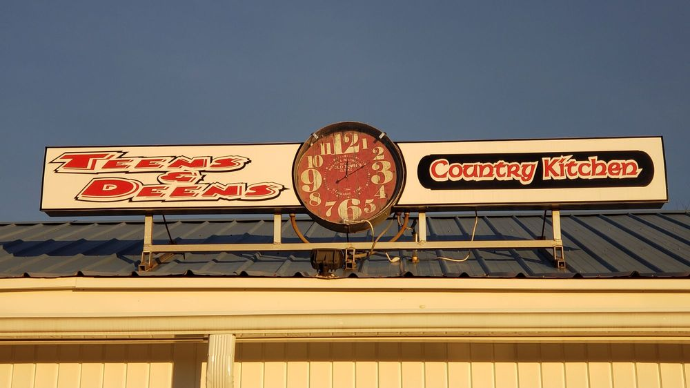 Teens & Deens Country Kitchen: 2696 NC-16, Township of Taylorsville, NC