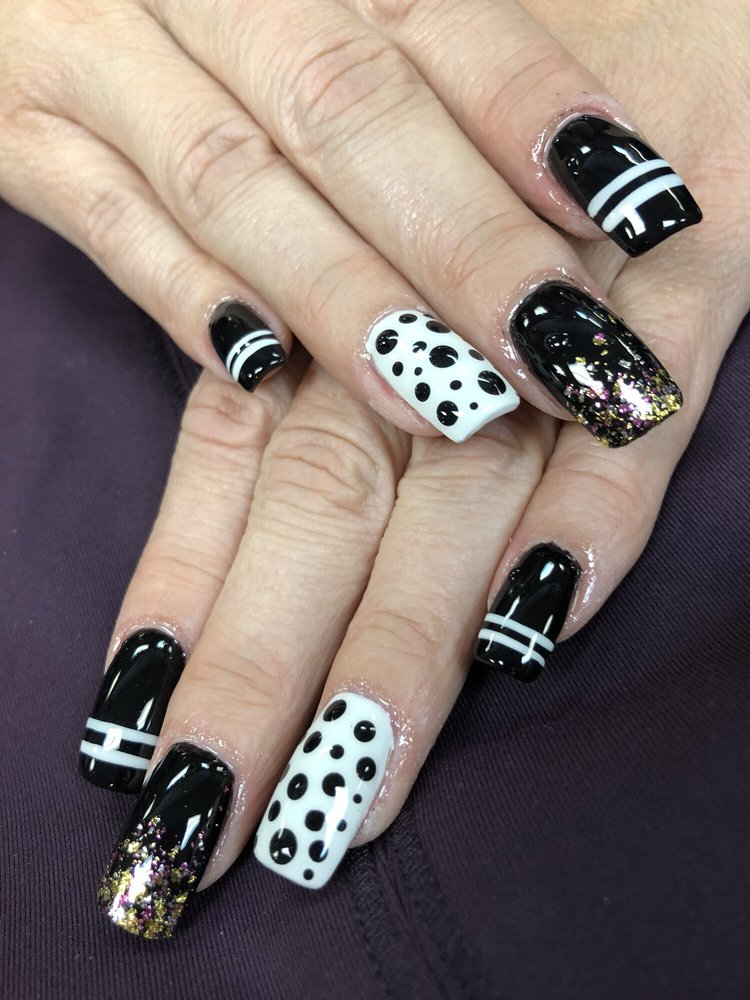 I love my nails. Nail Tek does an amazing job!! I have been going ...