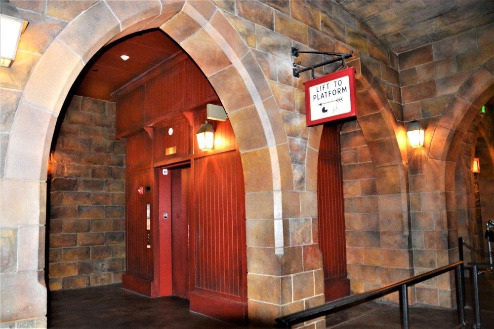 Hogwarts Express Hogsmeade Station: 1000 Universal Studios Plz, Orlando, FL