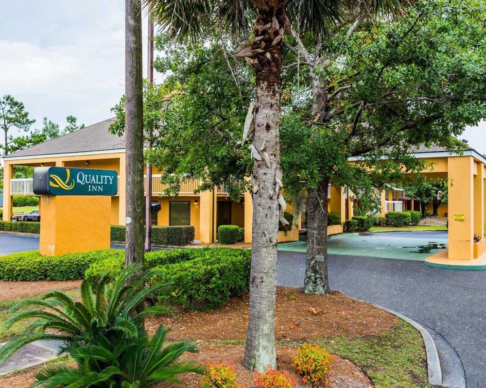 Quality Inn Coliseum - 44 Photos & 18 Reviews - Hotels - 5055 North ...