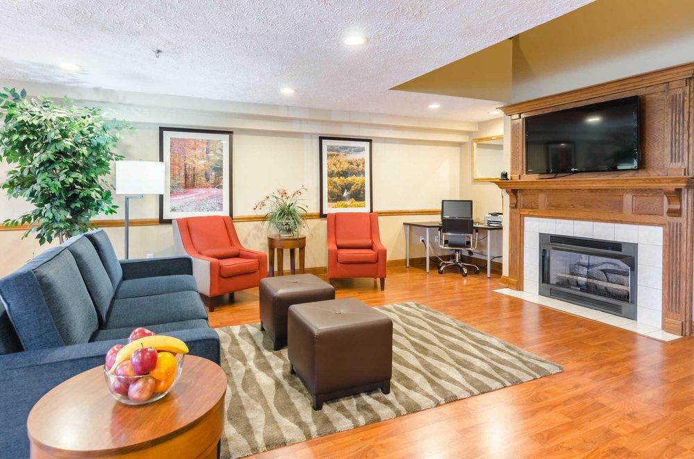 Comfort Inn Wytheville - Fort Chiswell: 2594 E Lee Hwy, Wytheville, VA