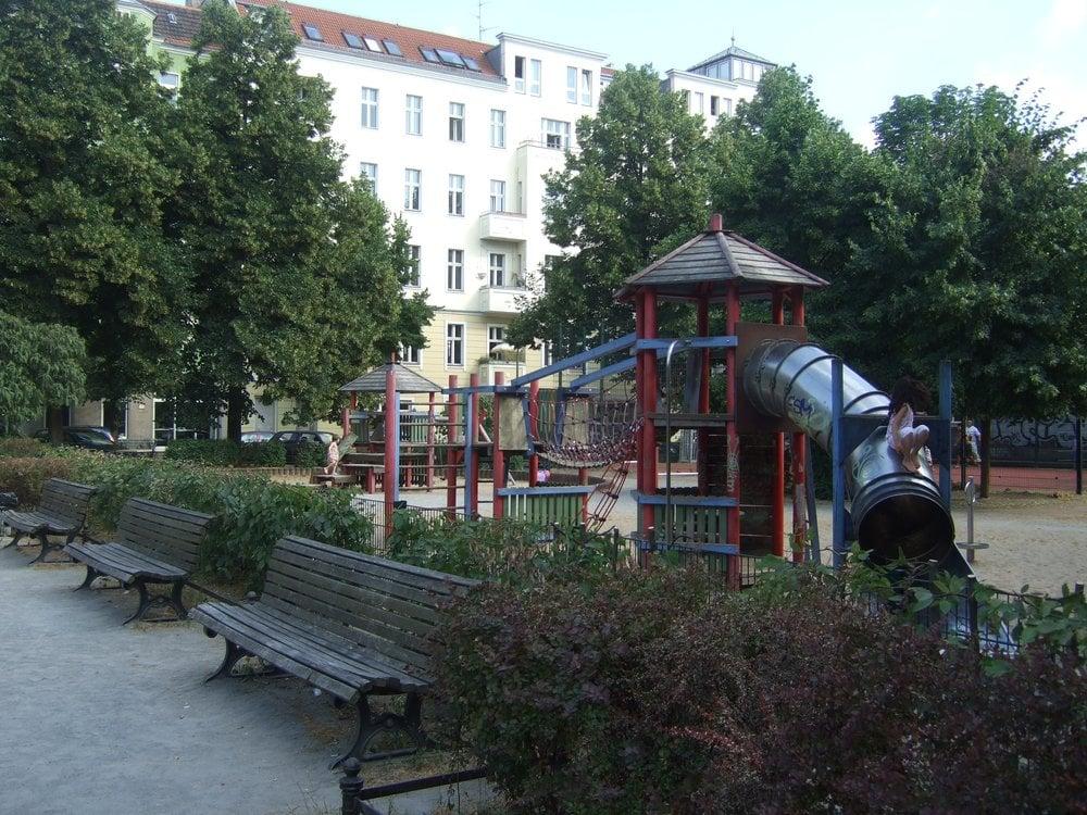 spielplatz reuterplatz playgrounds neuk lln berlin germany reviews photos yelp. Black Bedroom Furniture Sets. Home Design Ideas