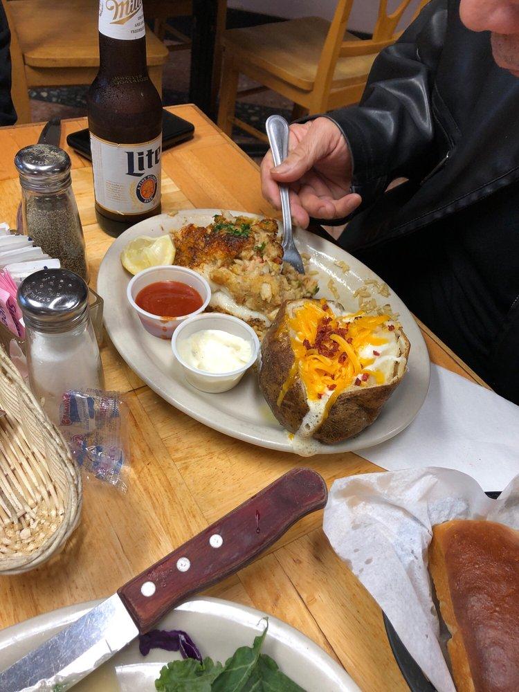 Astor Restaurant: 5533 Leopard St, Corpus Christi, TX