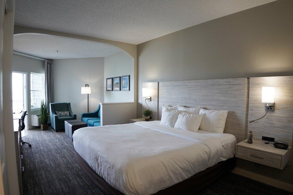 Comfort Suites - Chincoteague: 4195 Main St, Chincoteague, VA