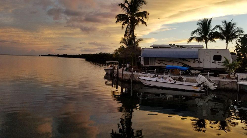 Geiger Key Marina & Smokehouse: 5 Geiger Rd, Key West, FL