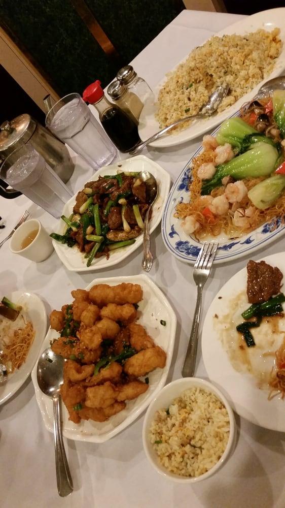 Super fave salt n pepper squid yelp for Tin fish restaurant