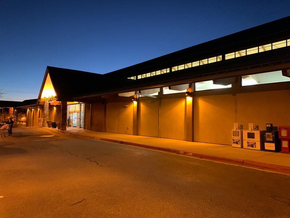Triangle Grocery: 12165 State Hwy 14 N, Cedar Crest, NM