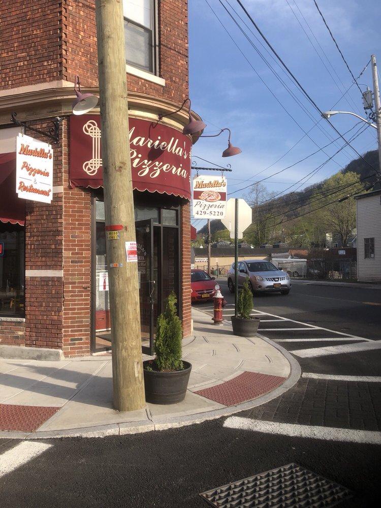 Mariella's Restaurant & Bar: 41 New Main St, Haverstraw, NY