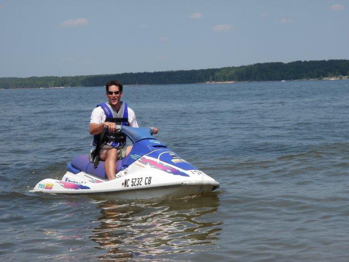 Jordan Lake Water Sports: 2296 N Pea Ridge Rd, Pittsboro, NC