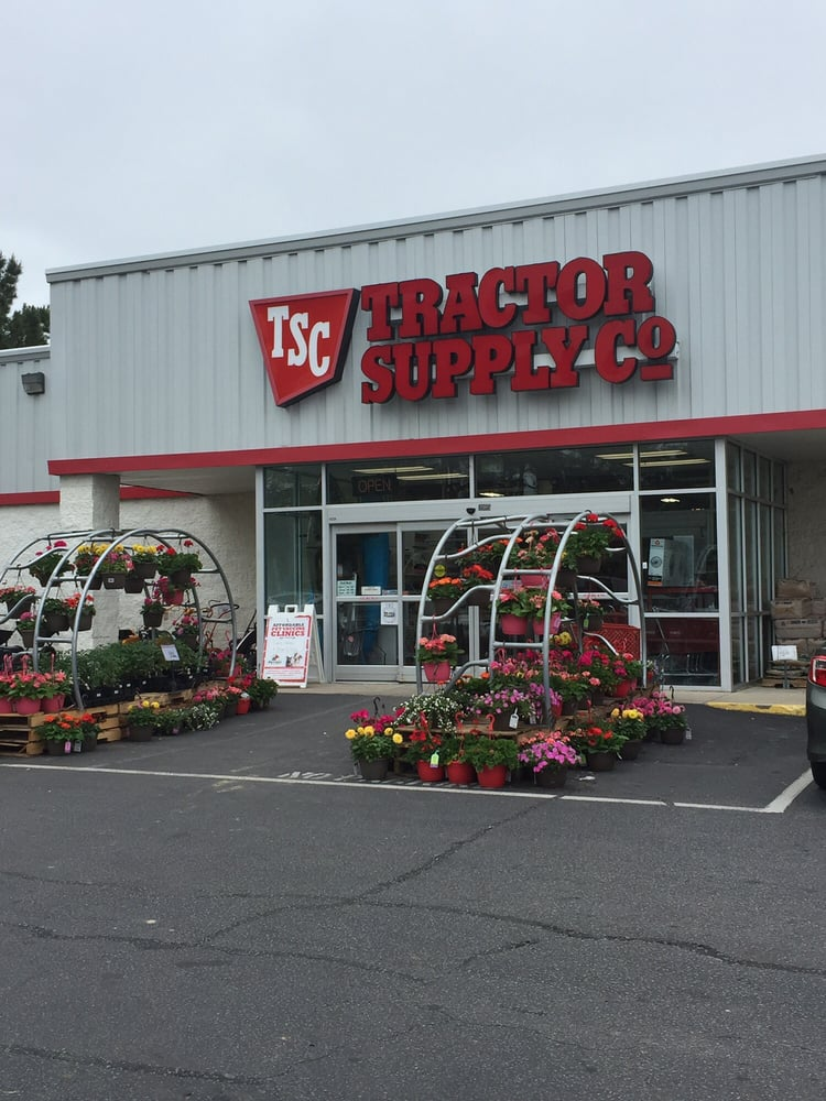Tractor Supply makes our home in rural communities across America. In each store, you'll find a staf See More. Community See All. , people like this. , people follow this. About See All () 12/6, we'll randomly select a winner to receive a $25 TSC gift card!