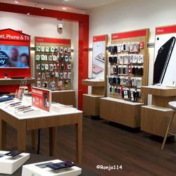 Vodafone Shop LEZ - Mobile Phones - Marktplatz 11, Laatzen