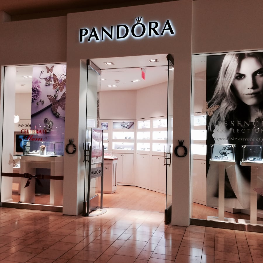 The pandora store 22 photos 34 reviews jewelry 802 for Jewelry store mission viejo