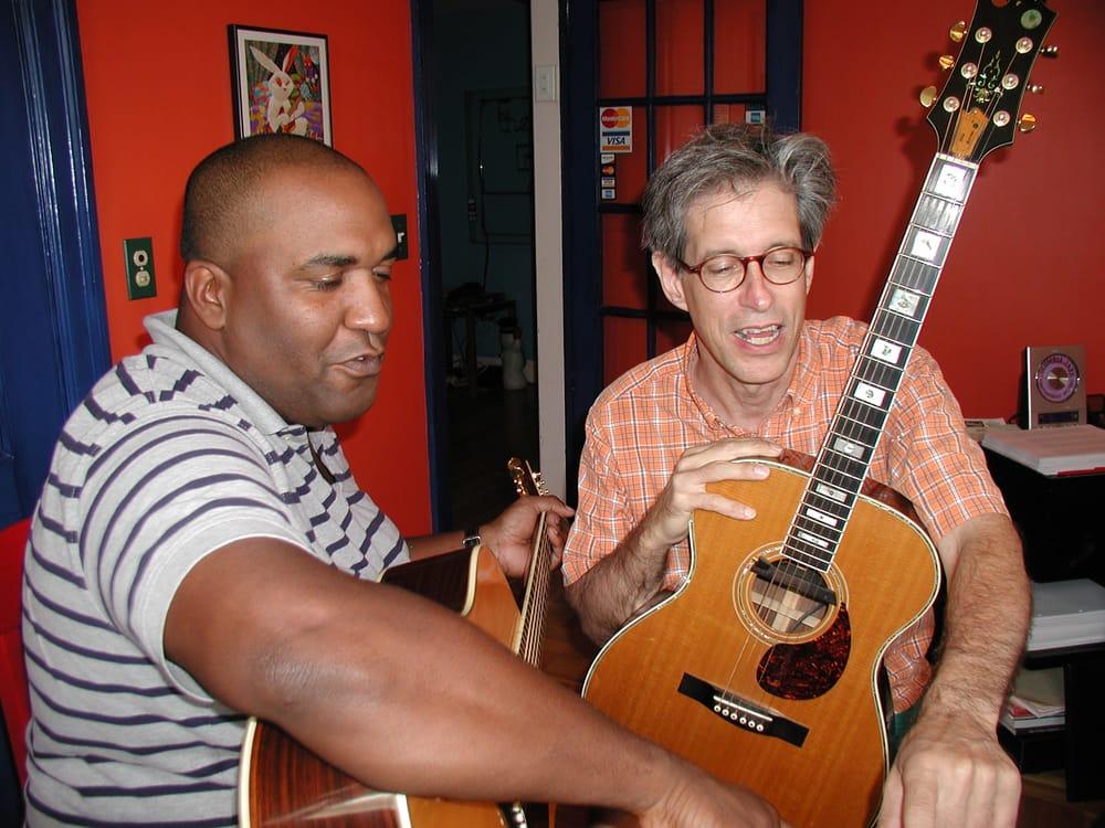 Sam Davis Guitar Lessons: 393 Broadway, Cambridge, MA