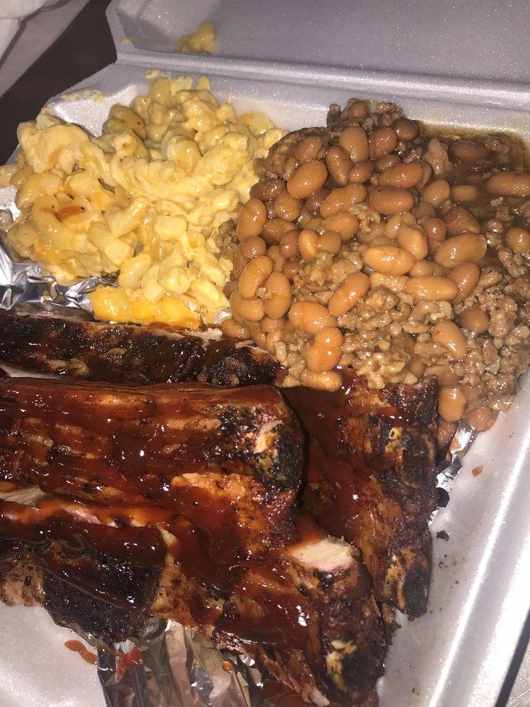 Soul Food Twist: 417 12th St, Huntington, WV