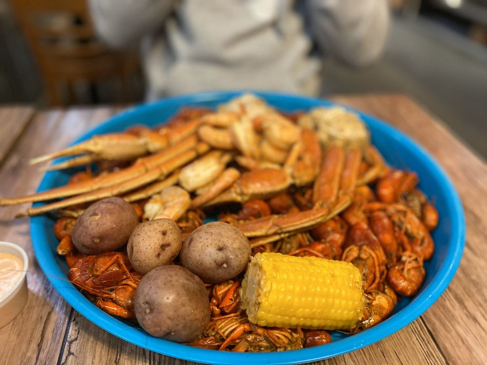 Touch of Cajun Cafe: 1147 Boston Ave, Nederland, TX