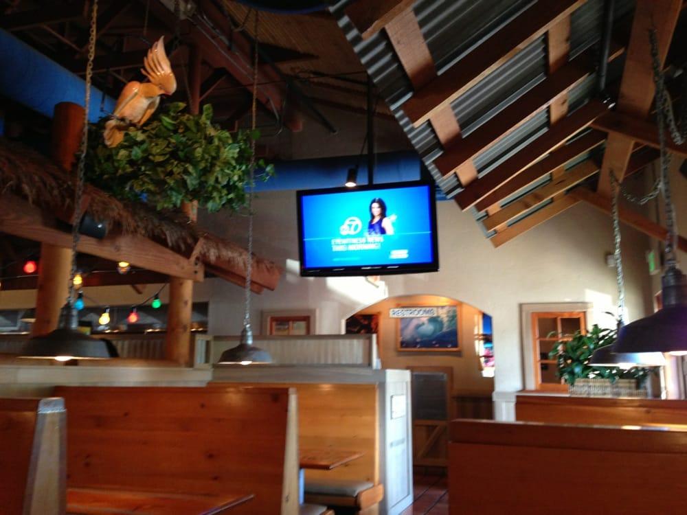 Islands Restaurant Santa Clarita Ca
