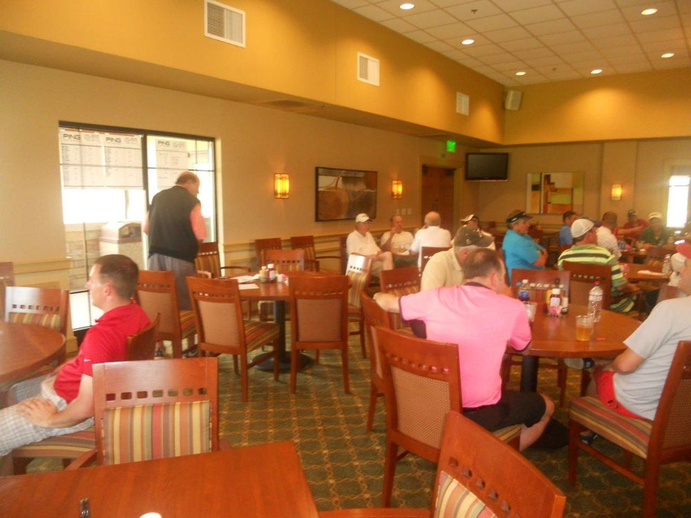 Veterans Memorial Golf Course: 2821 Great Lakes Rd, North Chicago, IL
