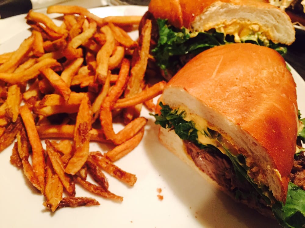 Bull McCabe's Pub: 366A Somerville Ave, Somerville, MA