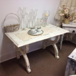 Arica S Vintage Furniture Antiques And Flea Market Flea Markets