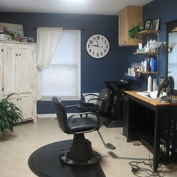 Photo Of Micheles Hair Design Studio