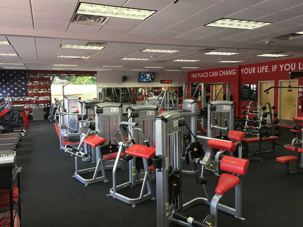 Snap Fitness - Willmar: 812 1st St S, Willmar, MN