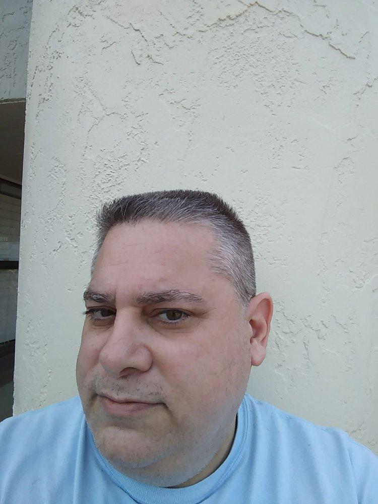 Dianes Barber Shop Barbers 12811 Kenwood Ln Fort Myers Fl
