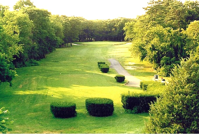 Indian Island Country Club: 661 Riverside Dr, Riverhead, NY