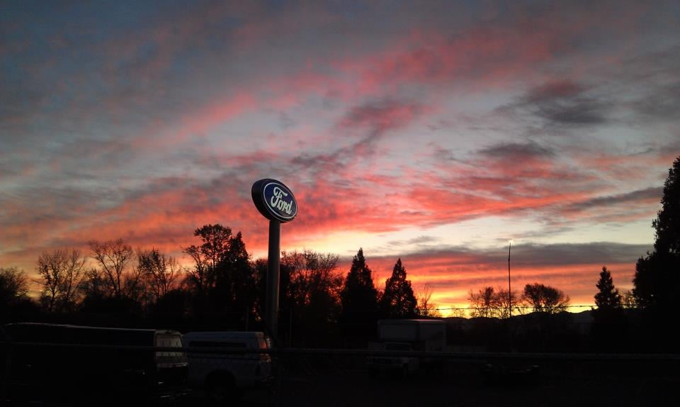 Ford Dealerships Near Me >> Crater Lake Ford Lincoln - Get Quote - Auto Parts ...