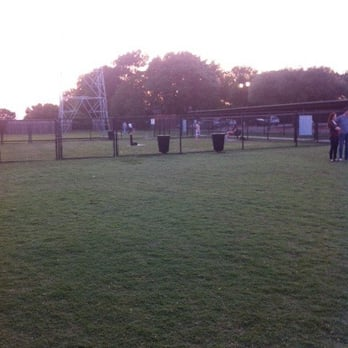 Redding Dog Park Addison Tx