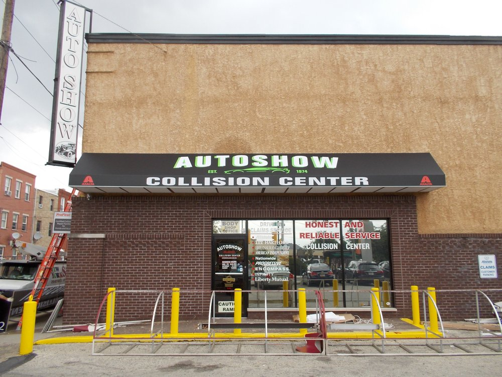 Autoshow Collision Center