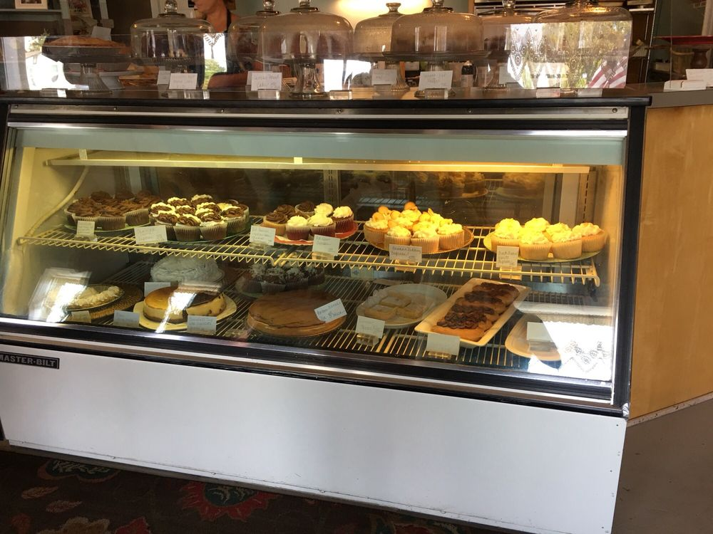 The Confectionary: 4346 Long Beach Rd SE, Southport, NC