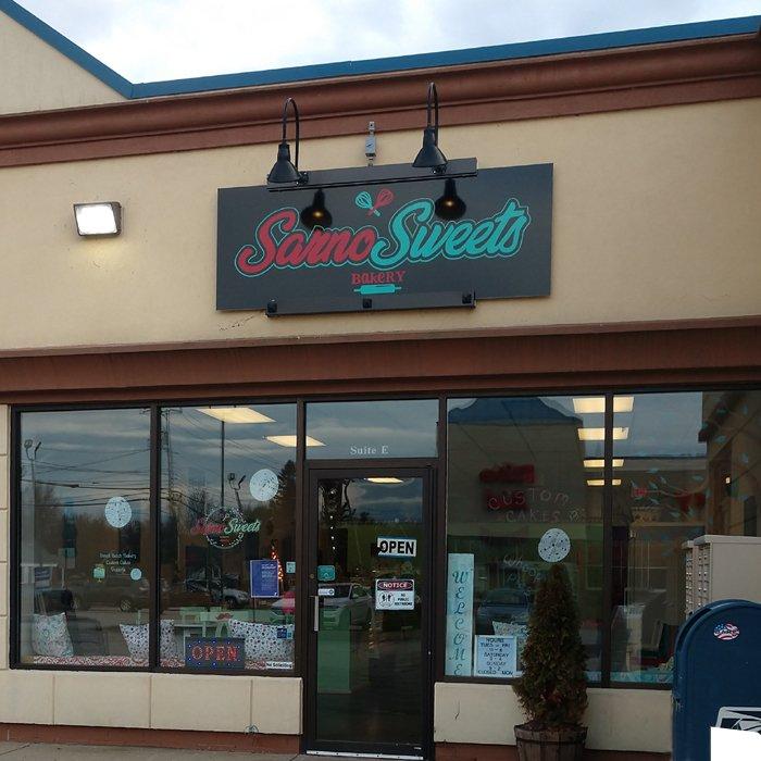Sarno's Sweets: 416 Daniel Webster Hwy, Merrimack, NH