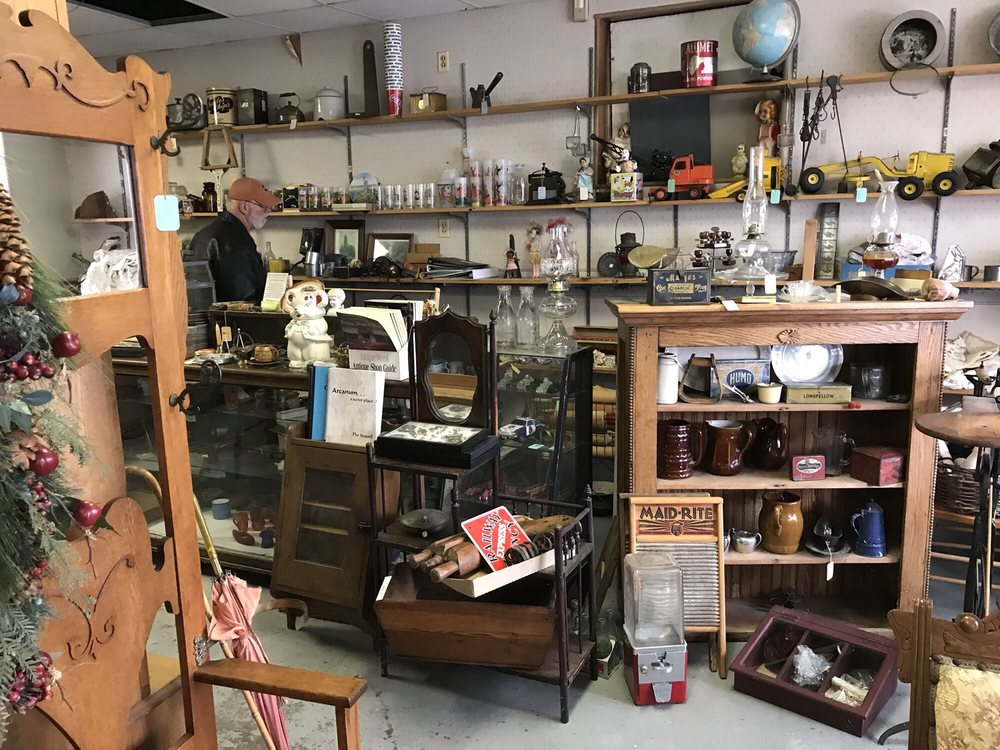 Staley's Antiques & Woodworking: 7 N Sycamore St, Arcanum, OH